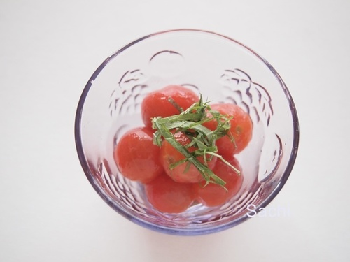 冷凍プチトマトのめんつゆ漬け