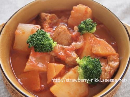 strawberry豚肩ロースと根菜の白みそ入りトマトソース煮込み.JPG